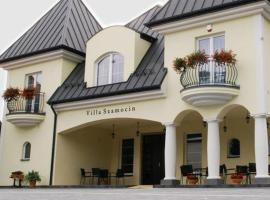 Villa Szamocin, nakvynės su pusryčiais namai Varšuvoje