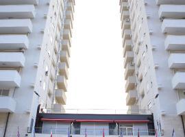 Twin Towers Hotel City & Beach Resort, hotel in Shëngjin