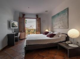 Hotel Nou Roma, hotel en Dénia