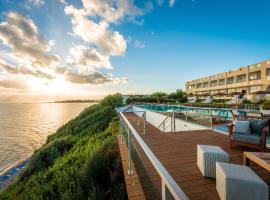 Niforeika Beach Hotel, hotel near Patras Industrial Zone, Niforeika