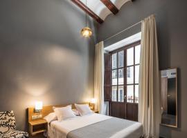 Mon Suites San Nicolas, hotel in Valencia