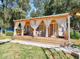 Mobile Homes in Kastanija, glamping site in Novigrad Istria