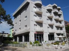 Hotel Marika, hotel in Golem