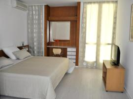 Apartments by the sea Brela, Makarska - 6686, apartment in Brela