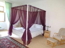 Kaštieľ Biela Dáma a Čierny Rytier, hotel v destinaci Krompachy