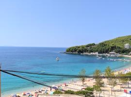 Fane's Apartments, hotel in Himare