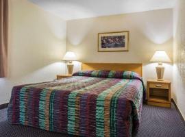 Rodeway Inn & Suites Colorado Springs, hotel near Pikes Peak Center, Colorado Springs