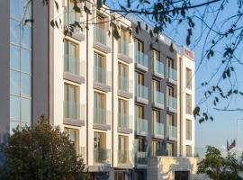 Amiral Hotel (former Best Western Park Hotel), hotel near Palace of Culture and Sports, Varna City