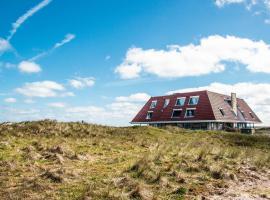 Strandhotel Buren aan Zee, hotel in Buren