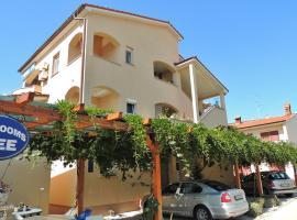 Apartments Mijic, hotel in Medulin