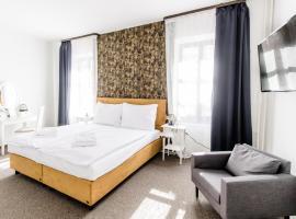 BlueBell Hotel, hotel in Bratislava
