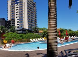 leclub resort hotel, hotel in Encarnación