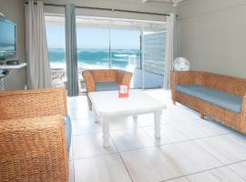 Point Village Hotel and Self Catering, hotel in Mossel Bay