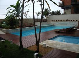 Suite Mandai 206 A Frente Mar, hotel with jacuzzis in Cabo Frio