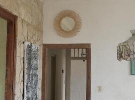 Hostal Residencia Cuqui - Casa Particular, homestay in Havana
