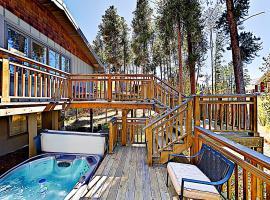 North Pine Holiday Home 107, villa in Breckenridge