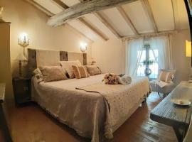 Cortona Shabby Chic House, apartment in Cortona