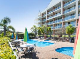 Marina Resort, motel in Nelson Bay