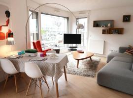 Naos, hotel near Seguin Island, Boulogne-Billancourt