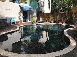Little havana paradise, beach hotel in Miami