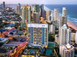 Hotel studio with ocean view at Surfers Paradise (L9), hotel in Gold Coast