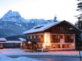 Hotel Piccolo Pocol, hotel a Cortina d'Ampezzo