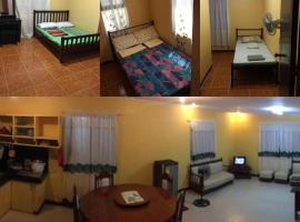 Pines Mansion, room in Butuan