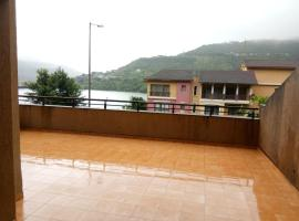 Gunjan lake view 2 bhk house, family hotel in Lavasa