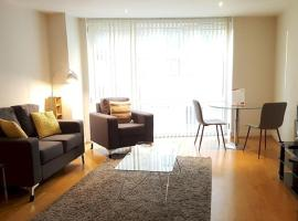 SIAC Barbican Farringdon, apartment in London