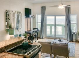 Luxury Oceanfront Condo, apartment in Galveston