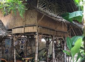 Bamboo Nest Hartman Beach, homestay in Puerto Princesa