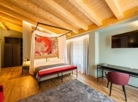 Regina del Garda Suite, hotel a Toscolano Maderno
