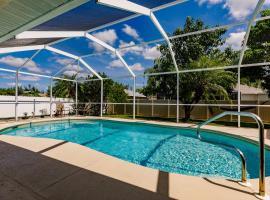 Villa Family Retreat, renta vacacional en Cabo Coral