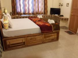DEV HAWELI *, hotel in Port Blair