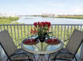 Gulf Retreat 2: Magnificent Water Views, Steps to Beach, None Cleaner, None Nicer!, vacation rental in Clearwater Beach