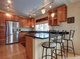 1400 K Unit A, apartment in Anchorage