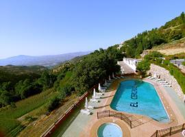 Turismo Rural & SPA El Cercado, hotel en Bérchules