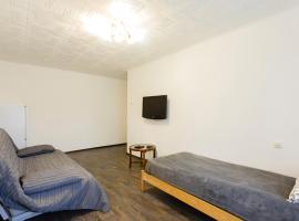 Апартаменты на Большой Черкизовской, 30к2, hotel in Moscow