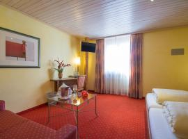 Hotel La Cruna, hotel near Gotthard Road Tunnel - North Portal, Sedrun