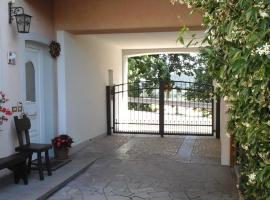 Casa Via Castelmonte II, hotel in Cividale del Friuli