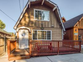 Cozy Cabin on Elm, vacation home in Big Bear Lake