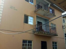New Royal Suites, hostel in Owerri