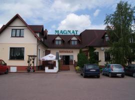 Magnat Hotel Restauracja, hotel in Brodnica