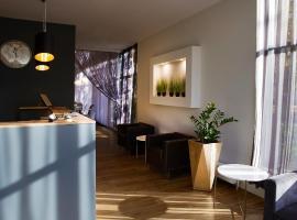 Hotell Tammsaare, hotell sihtkohas Pärnu