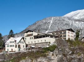 Schlosshotel Dörflinger, hotel in Bludenz