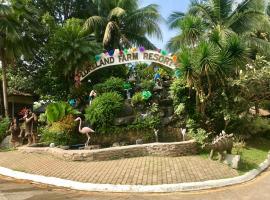 Loreland Farm Resort, hotel in Antipolo