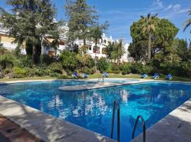 Nueva Andalucia - Penthouse Le Village, apartment in Marbella