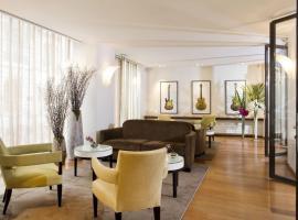 Hôtel Le Colisée, hotel in Paris