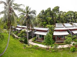 Pana Long Beach Resort, resort in Ko Lanta