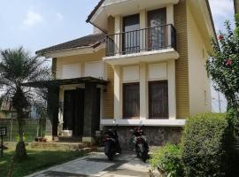 Villa kota bunga N8, villa in Puncak